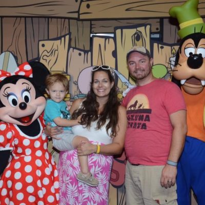 "How to Take a ""Babymoon"" at Walt Disney World + Touring While Pregnant"