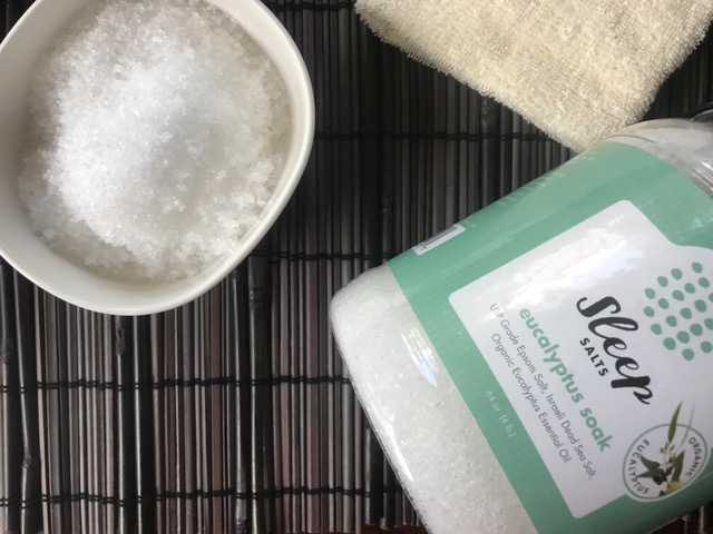 5 Steps to Create a Relaxing Bath | Sleep Salts | Savvy Mama Lifestyle