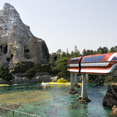 Must Do Disneyland Attractions for WDW Fans