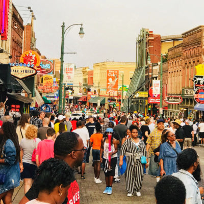 Memphis Travel Guide: On The Road to Celebrate American Traditions