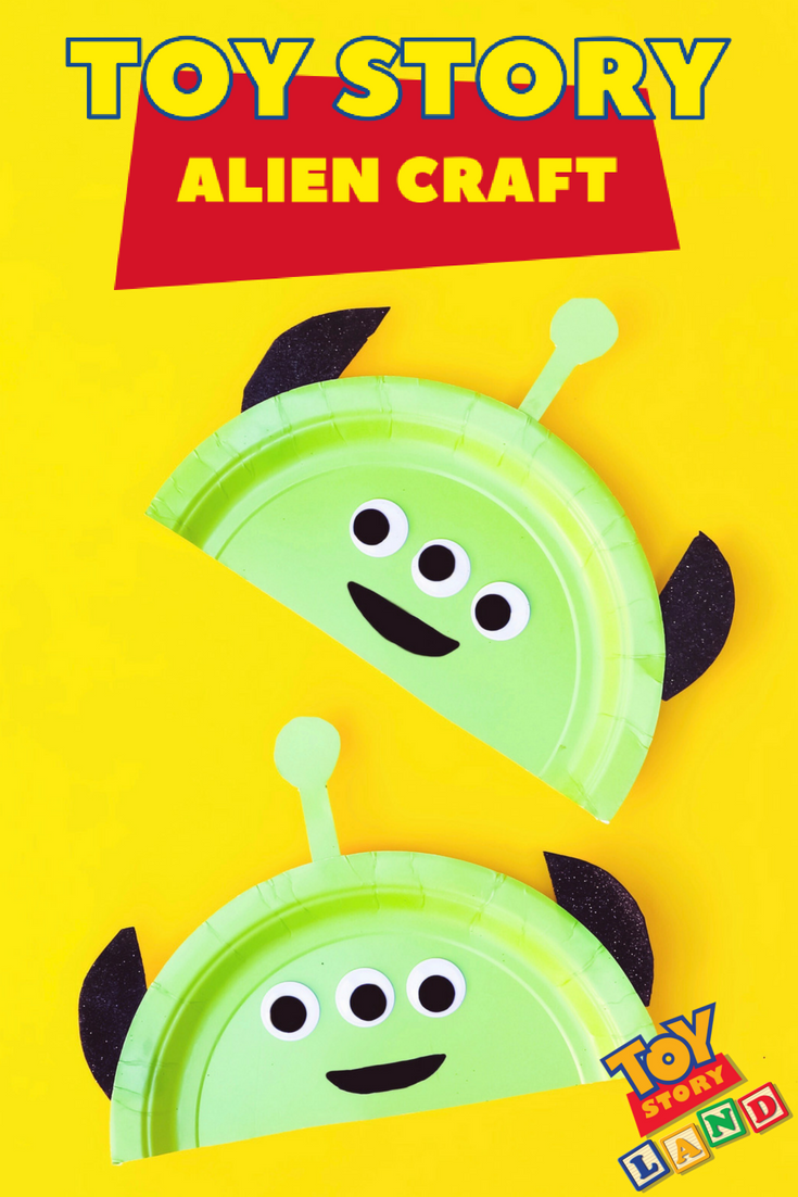 Countdown to vacation with this fun Toy Story Land inspired alien craft. Perfect for preschoolers or little Toy Story fans! #ToyStory #ToyStoryLand #Preschool #PreschoolCraft #KidsCraft