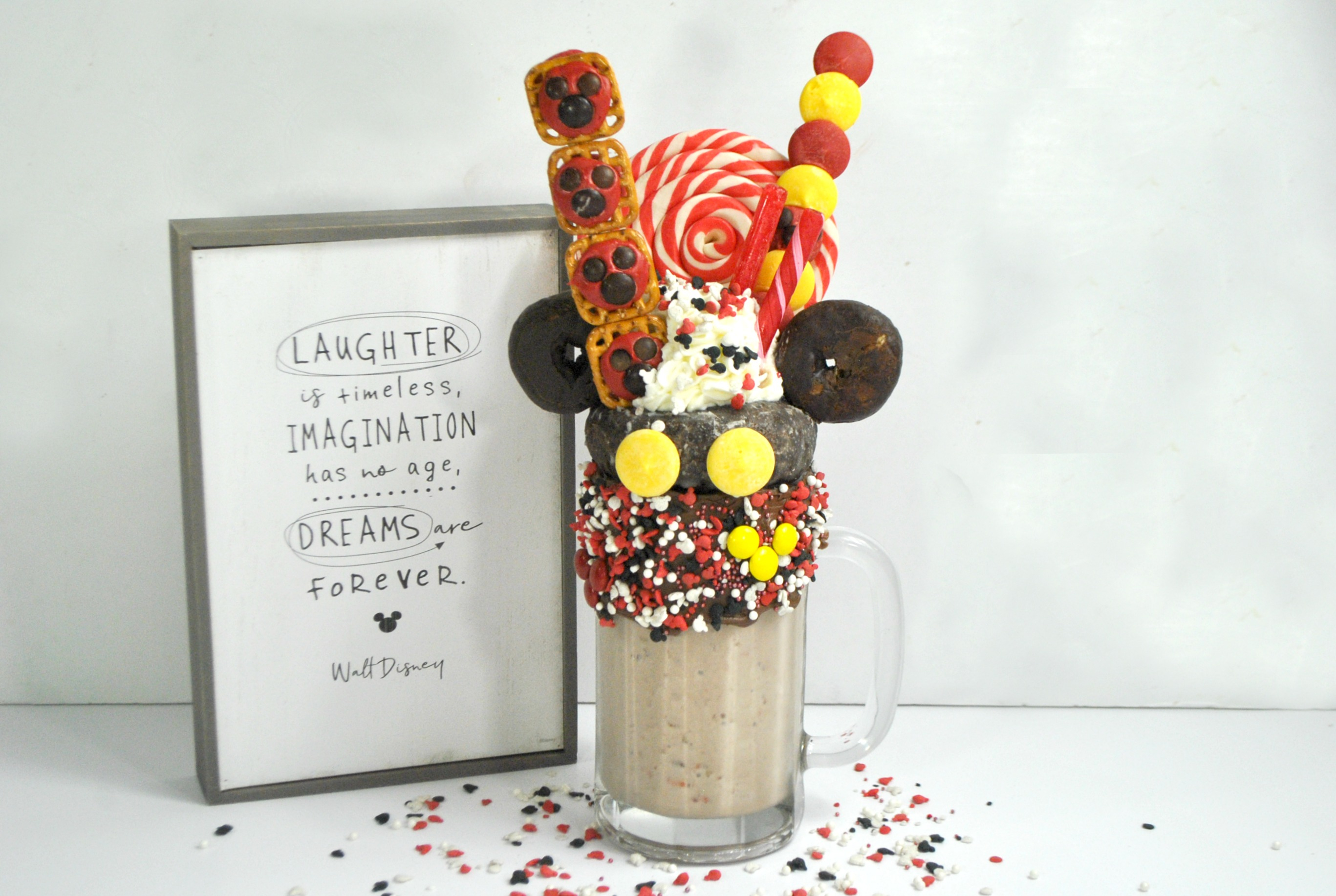 Mickey Mouse Milkshake, Mickey Mouse Milkshake Recipe, Mickey Mouse Freakshake