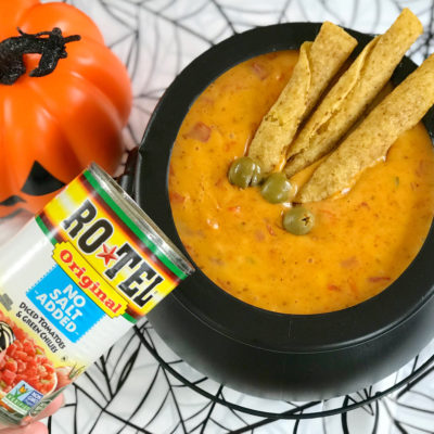 Halloween Chile Con Queso With Zombie Fingers For Dipping