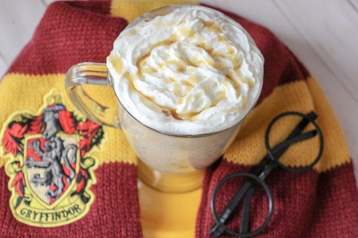 Single Serve Butterbeer Mug Cake | Harry Potter Recipe