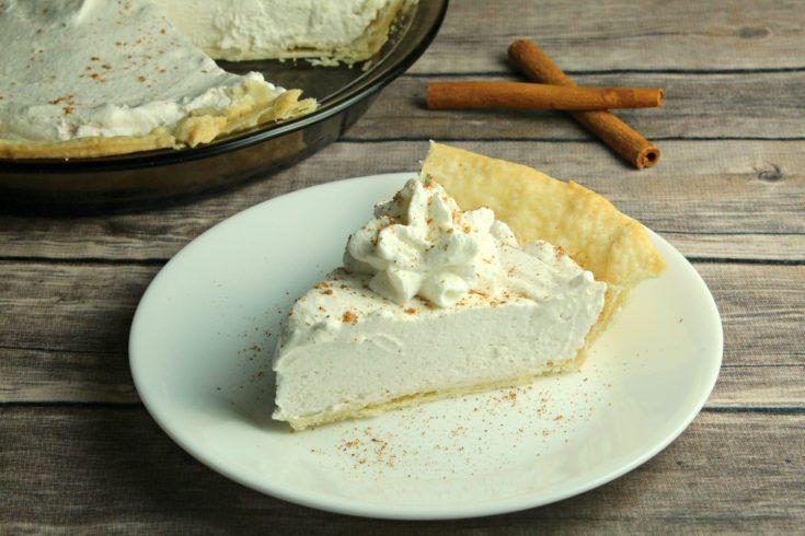 No-Bake Eggnog Pie, No-Bake Eggnog Pie Recipe, Christmas Pie Recipe, Eggnog Dessert Recipe, Eggnog