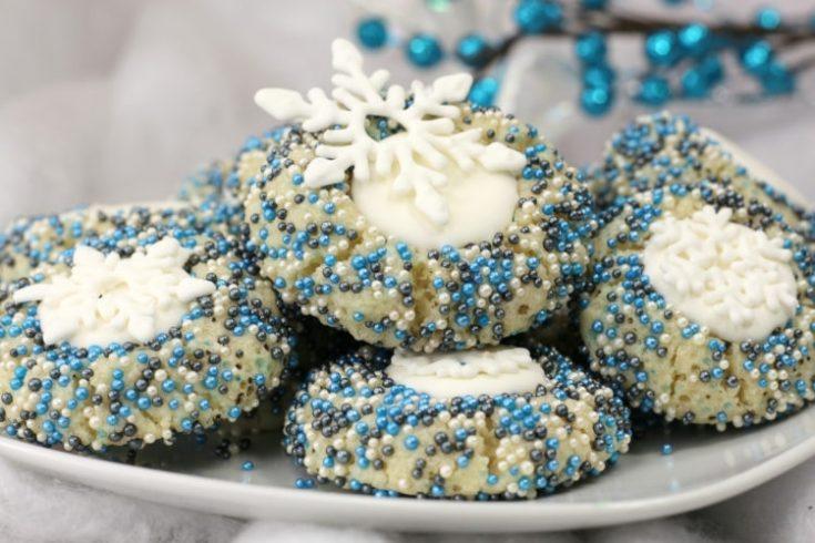 Disney's Frozen Snowflake Cookies | Sprinkle Christmas Cookie