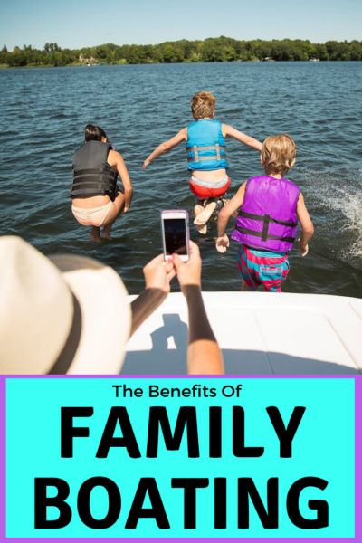 Read about the benefits of family boating for travel fans. See why it's great for your health, bonds your family and offers years of fun. #AtlantaBoatShow #Boating #Boats #Sponsored