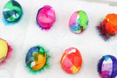 Creative Easter Egg Dying, Easter Egg Dying, Easy Easter Egg Dying, Easter Crafts, Easter Eggs