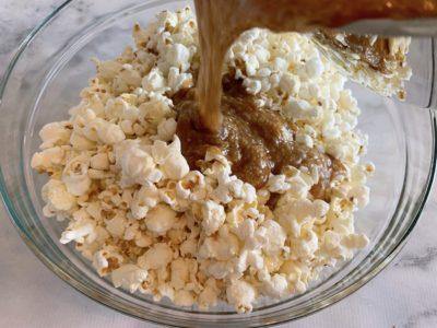 Baked Caramel Corn, Easy Baked Caramel Corn, Caramel Corn Without Corn Syrup, Homemade Caramel Corn Recipe