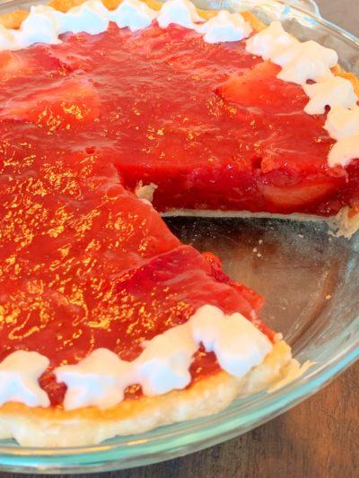 old fashioned strawberry pie, strawberry pie, easy strawberry pie, strawberry pie with glaze