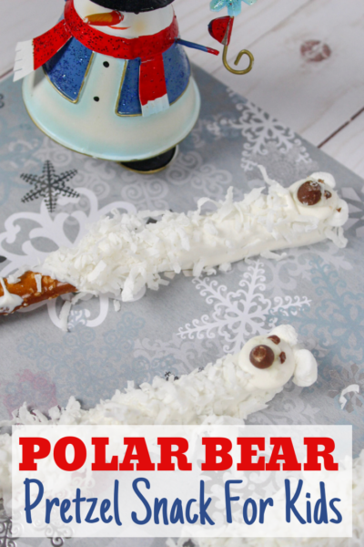 Polar Bear Pretzels: This fun holiday snack for kids is easy enough that they can help! It's the cutest Polar Bear idea ever! #PolarBear #PolarBears #Christmas #Holiday #KidsHolidaySnack #KidsChristmasSnack #ChristmasTreat