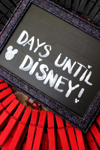 Disney Countdown Craft, Dollar Store Disney Craft, Dollar Store Craft, Disney Countdown Chart
