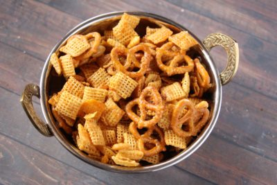 Buffalo Chex Mix, Easy Buffalo Chex Mix Recipe, Baked Snack Mix Recipe