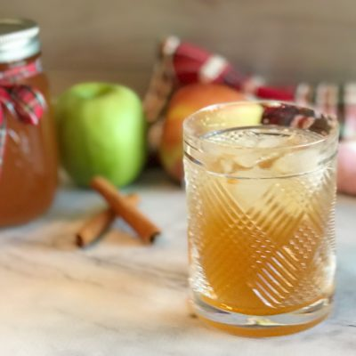 Homemade Apple Pie Moonshine Recipe (With Everclear Grain Alcohol)