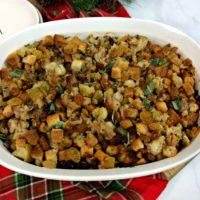 Apple Sausage Stuffing, Apple Sausage Thanksgiving Stuffing, Thanksgiving Dressing