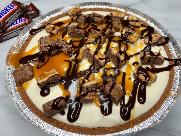 Snickers Ice Cream Pie, No Bake Snickers Ice Cream Pie, Snickers Pie Recipe