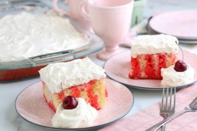 Cherry Poke Cake Recipe, Easy Cherry Poke Cake, Spring Dessert, Summer Dessert, Spring Cake, Easter Dessert, Sheet Cake