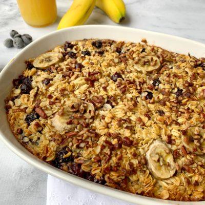 Blueberry Banana Oatmeal Bake: A Make Ahead Breakfast Casserole