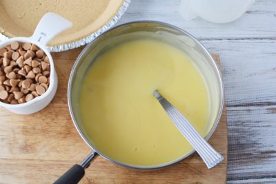 Bringing pudding to a boil, making pudding