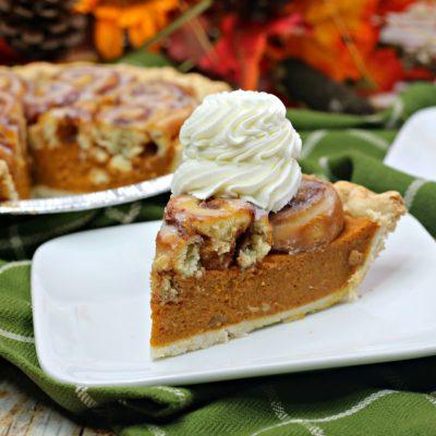 Cinnamon Roll Pumpkin Pie Recipe: Thanksgiving Dessert Twist