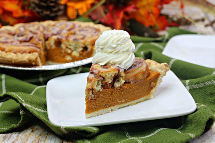 Cinnamon Roll Pumpkin Pie Recipe, Thanksgiving Dessert