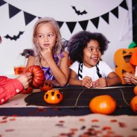 Halloween Party Games: Roll The Dice Candy Game