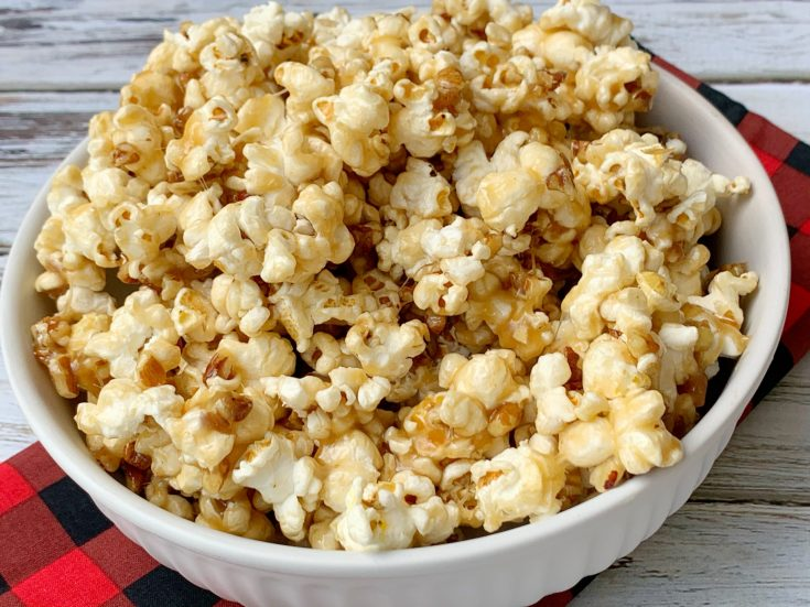 Homemade Maple Popcorn Recipe: With Chopped Pecans, Corn Syrup, Maple Syrup and Vanilla