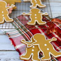 Classic Gingerbread Men Cookies Recipe For Christmas