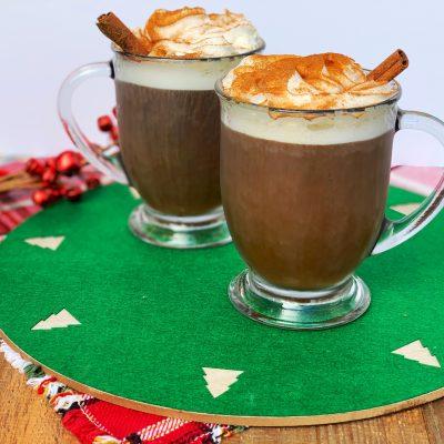 Copycat Starbucks Gingerbread Latte Recipe (BEST Homemade Version)
