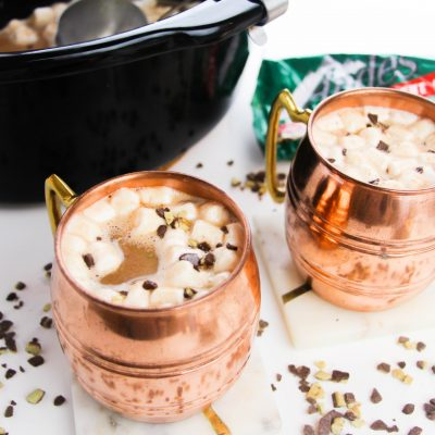 BEST Mint Slow Cooker Hot Chocolate Recipe (Hot Cocoa)