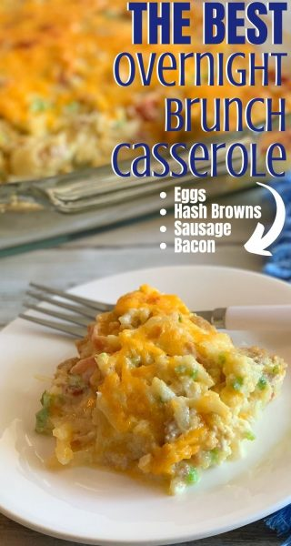 This overnight brunch casserole is a hearty and easy option, made with: sausage, bacon, egg, hash browns, green pepper and green onion. #Brunch #BrunchCasserole #OvernightBrunchCasserole #Breakfast #BreakfastCasserole