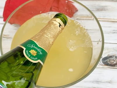 Adding Sparkling Grape Juice To Non-Alcoholic Holiday Punch