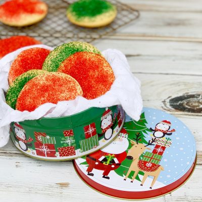 Old-Fashioned Sour Cream Sugar Cookies Recipe (The BEST)