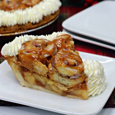 THE Unforgettable Cinnamon Roll Apple Pie Recipe