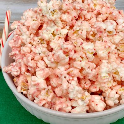 White Chocolate Peppermint Popcorn Christmas Snack Recipe