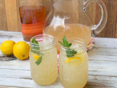 Kentucky Bourbon Spiked Lemonade Cocktail Recipe