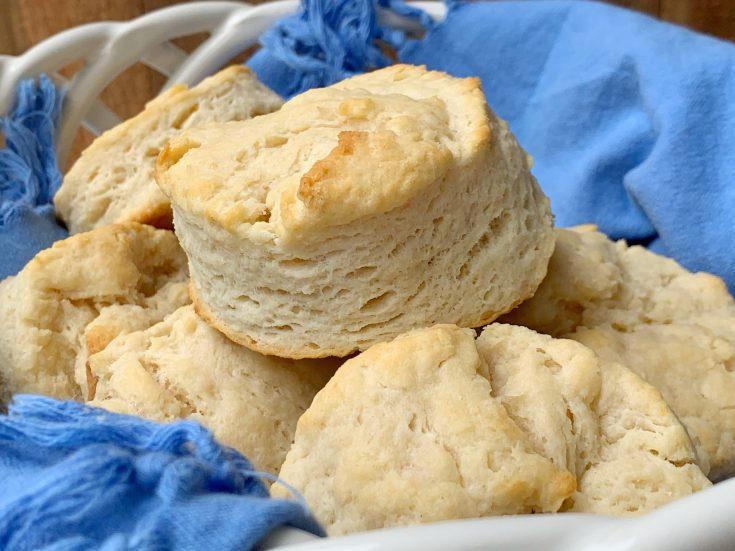 3-ingredient buttermilk biscuit recipe