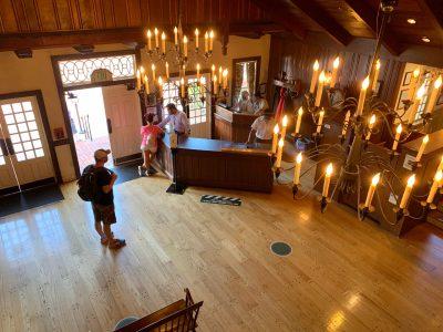 Restaurant atmosphere and decor