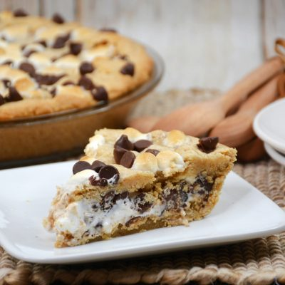 S'mores Pie Recipe With Graham Cracker Crust (And Marshmallow Fluff)